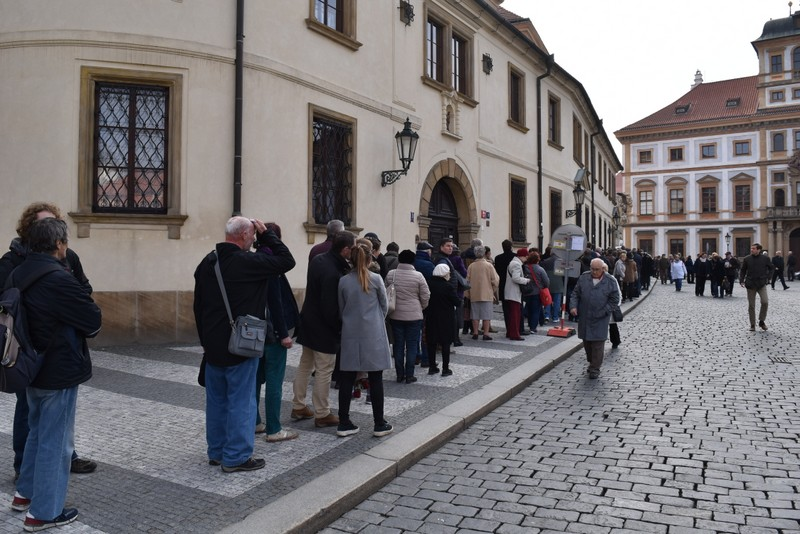 Kardinál Miloslav Vlk - rozloučení na Karmelu v Praze Hradčanech / foto: -IMA-